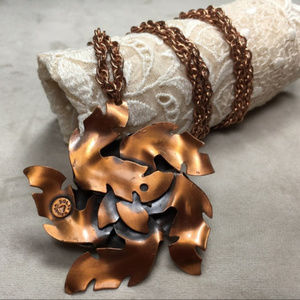 Vintage Jewelry - Vintage 60s Bell Copper Flower Necklace